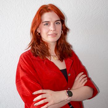 Куратор курса Марьина Виктория Главный графический дизайнер на проекте «Царевны» (СТС)